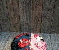 Spiderman en Hello Kitty