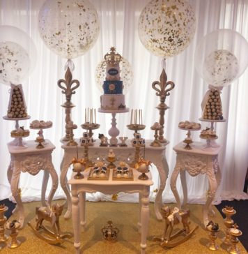 royal sweet table
